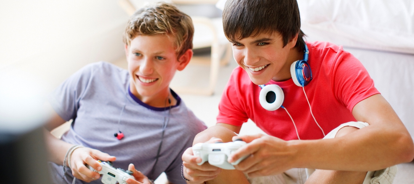 Jocurile pe calculator: cum ne ajuta sa ne dezvoltam inteligenta